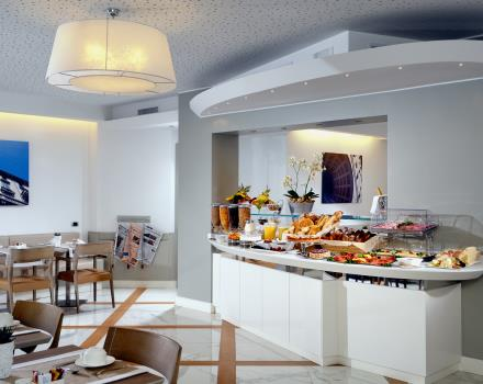 Breakfast Room - Buffet